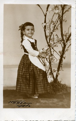 Miriam Isidro Arrango at five years old