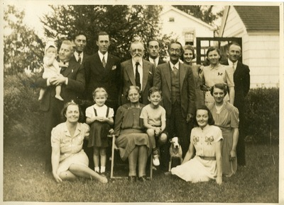 Gwen Ketchum photographed with Family members